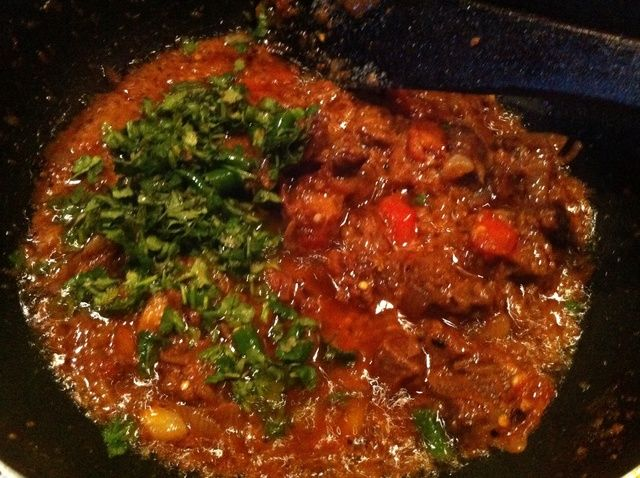 Como cozinhar cordeiro karahi (paquistão prato) receita