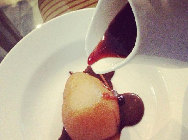 Cómo cocinar escalfados peras Receta