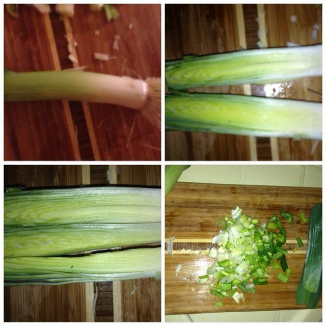 Cortar los puerros. Cortar la parte superior de color verde oscuro, corte formas largas en medio, entonces trimestre, a continuación, cortar finamente, como se ha visto anteriormente.