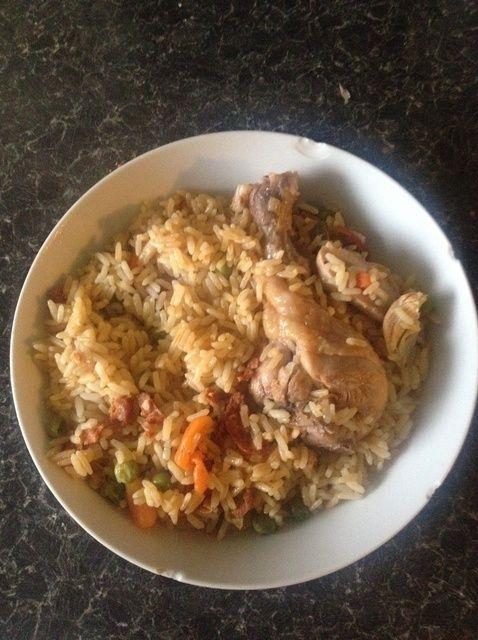 Cómo cocinar el arroz con pollo y chorizo Receta