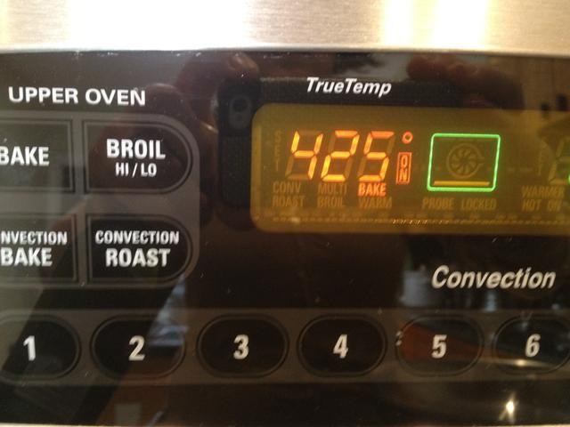 Precaliente el horno a 425 F.