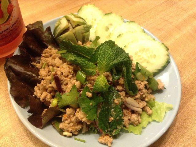 Cómo cocinar picante tailandesa de tierra ensalada de cerdo Receta