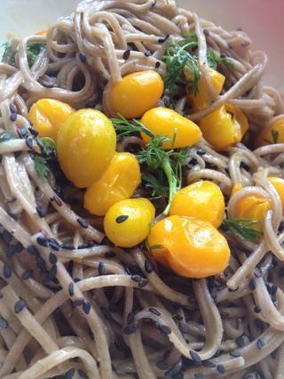 Añadir semilla de sésamo, mezclar y disfrutar