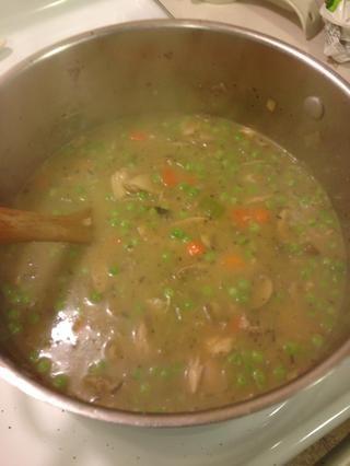 A continuación, añadir sopas y guisantes ... Estar a uno Hervir más
