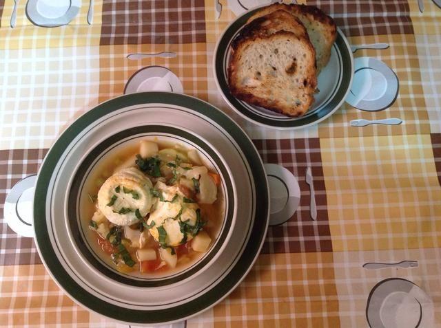 Usted puede servir la sopa con pan tostado. ¡Disfrutar!