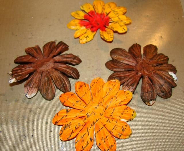 Ahora para las flores en 3D, necesitará 4 de esta flor.