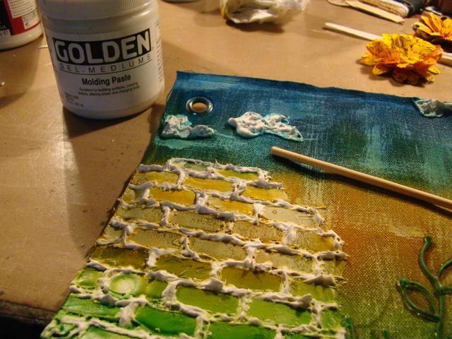 Usando su Molding Paste, añadir en las grietas de sus ladrillos. He utilizado una clavija de madera para aplicar.