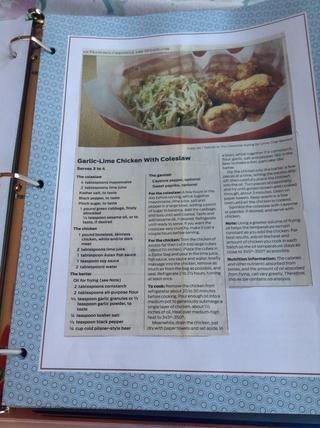 A veces una receta ocupará una página entera. Una vez que se hacen sus páginas, ponerlos en la carpeta.