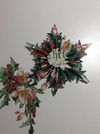Ahora, cortar algunas flores y pegamento en el copo de nieve.