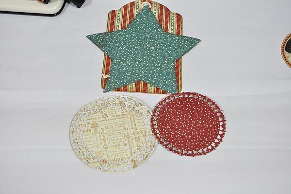 El uso de algunos círculo troquelado de metales, corte un par en el contraste de colores / patrones. Tinta de los bordes