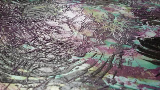 Más texturas con Kaleidoscope Stencil y Trolley Gris sorbete.