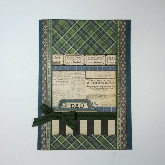 Adherirse pieza DAD a la tarjeta. Añadir una cinta atada en un sencillo arco de debajo de él.