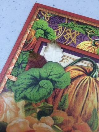 Añadir dos o tres hojas en la parte superior izquierda, capas bajo la imagen de corte un poco quisquilloso.