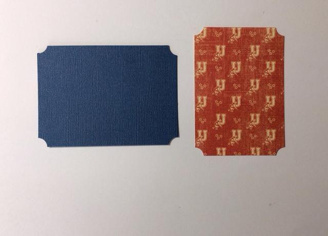 BOLSILLO DE DOS: Corte 1 azul tapete de papel de tarjetas a los 4 x 3 pulgadas y cortó la estera 1 papel de la recogida de papel a los 2 5/8 x 3 3/4 pulgadas y ponche esquina todos los rincones.