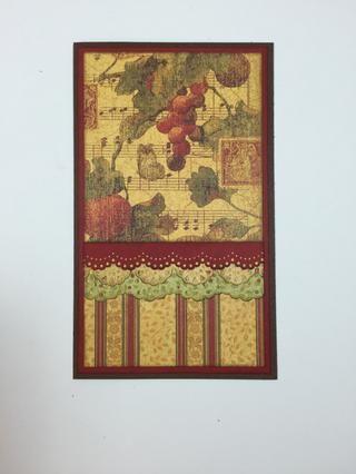 Se adhieren las fronteras perforadas a su tarjeta, capas de más amplia a más estrecha, como se muestra.