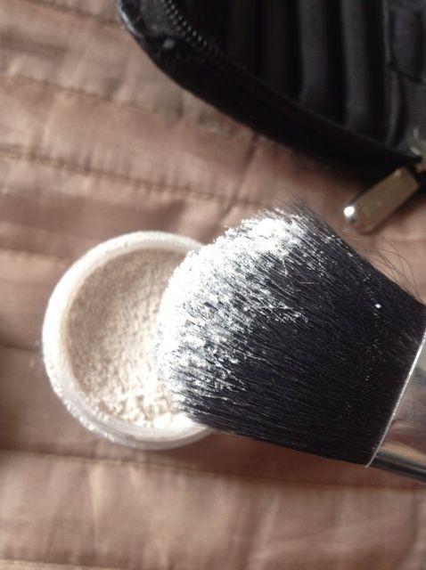 Cómo crear una base de maquillaje que se mantiene
