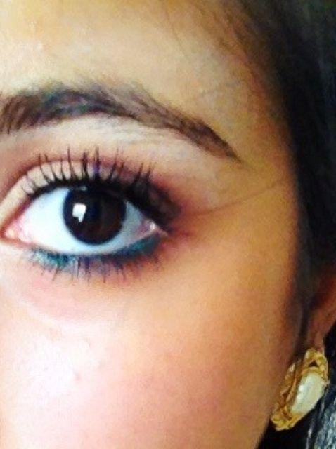 Cómo crear un look de maquillaje Eso's Natural and Fun