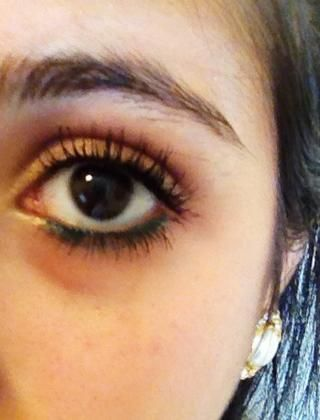 Y aquí's the final eye look. I love the way my lashes look and no I'm not wearing fake lashes