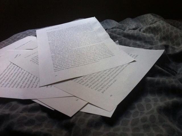 En primer lugar, arrancar unas cuantas páginas del libro deseado * este paso fue un poco entristecedor para que mate a un inocente libro jaja *