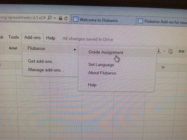 Uno que han recogido los datos de los estudiantes de las pruebas, haga clic en Add-ons - Asignación de Grado - Flubaroo.