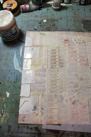 Añadir un poco de textura utilizando una de sus plantillas y algunos gesso o Gel 3D Brillo Medio. Aquí, he utilizado Gabriela P's 12x12 Tuscany stencil along the left edge.