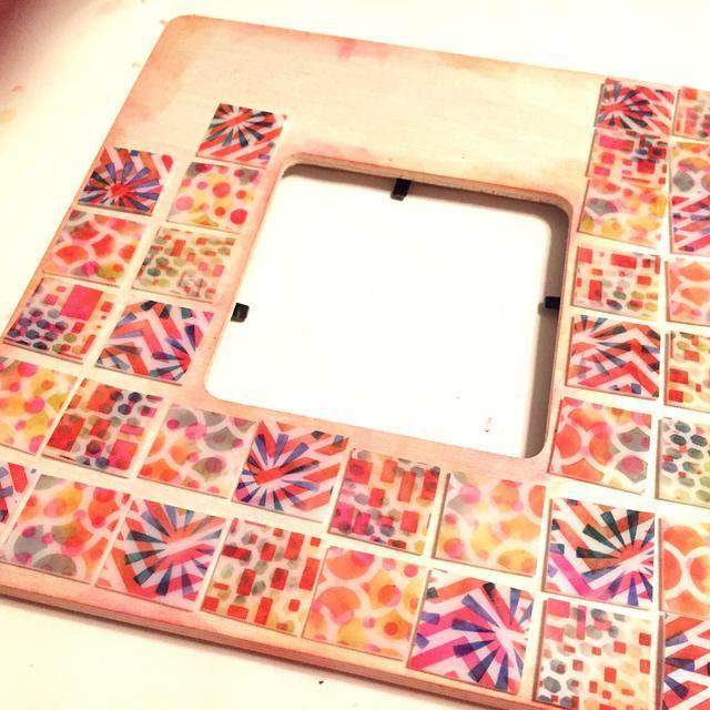 piezas de diseño de la mezcla de colores marcos y diseños. ajustar el espaciado mientras trabaja. azulejos don't always shrink
