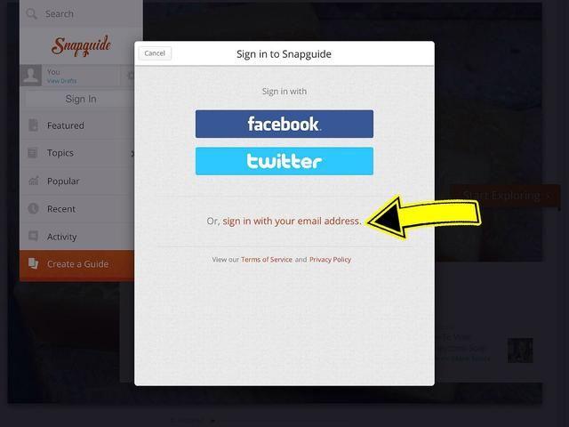 Usted puede optar por utilizar su cuenta de Facebook, Twitter o cuenta de correo electrónico para crear su cuenta.