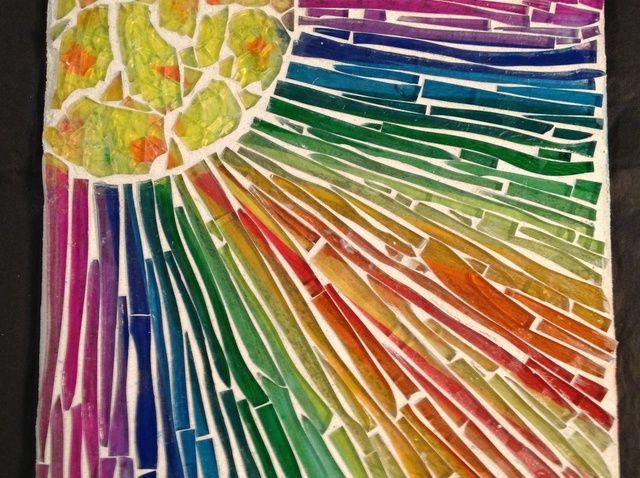 Cómo crear un mosaico de cristal único
