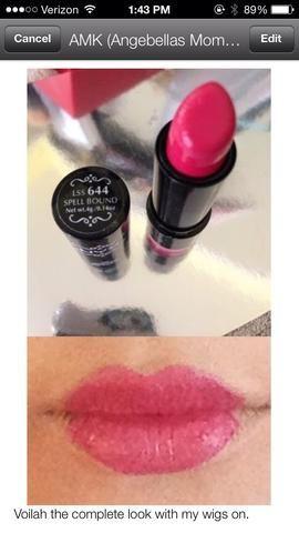 Crea labios más pequeños usando tu delineador de labios y sólo la línea media de los labios y luego añadir sus labios rosados. Utilice el corrector para ocultar sus labios que didn't need to be pink.