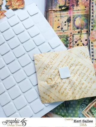 Usando su libro de recuerdos Adhesivos Cuadrados de espuma 3-D a la capa de sus elementos de imagen y flores cortadas quisquillosos.