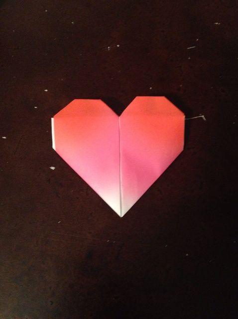 Cómo crear un corazón Origami
