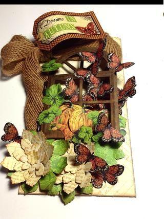 Utilice pegamento pegajoso para comenzar adhiriendo algunas mariposas aquí y allá ..