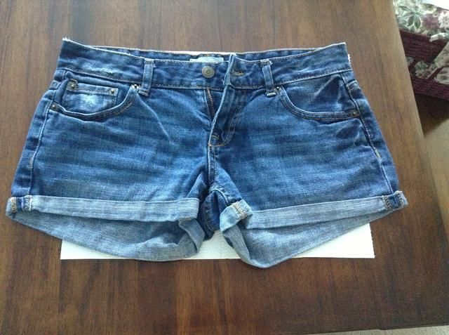 poner sus pantalones cortos a toda máquina