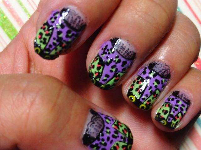 Cómo crear Just Cavalli Resort Nails Inspirado