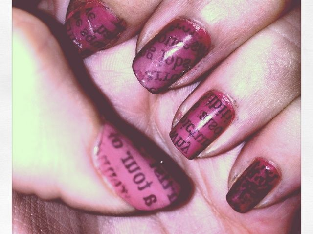 Como crear'Newspaper Nails'