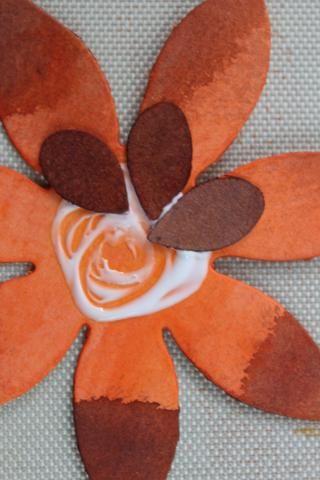 Pegué juntos estos semillita buscando piezas del, medio de un par de las flores.