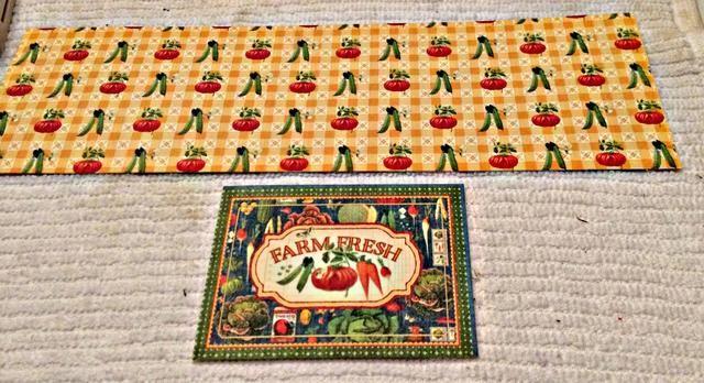Corte un 3 1/2 x 12 pedazo de cartulina y una etiqueta de Gráfico 45's Home Sweet Home cardstock.
