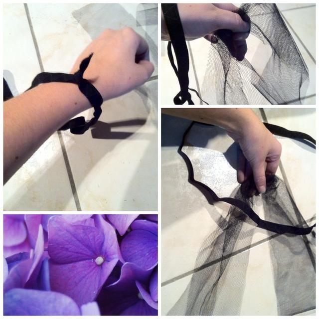 Tome la cinta elástica y poner su mano a través de. Tome la tira en el pliegue que acabamos de crear y pasar a través.