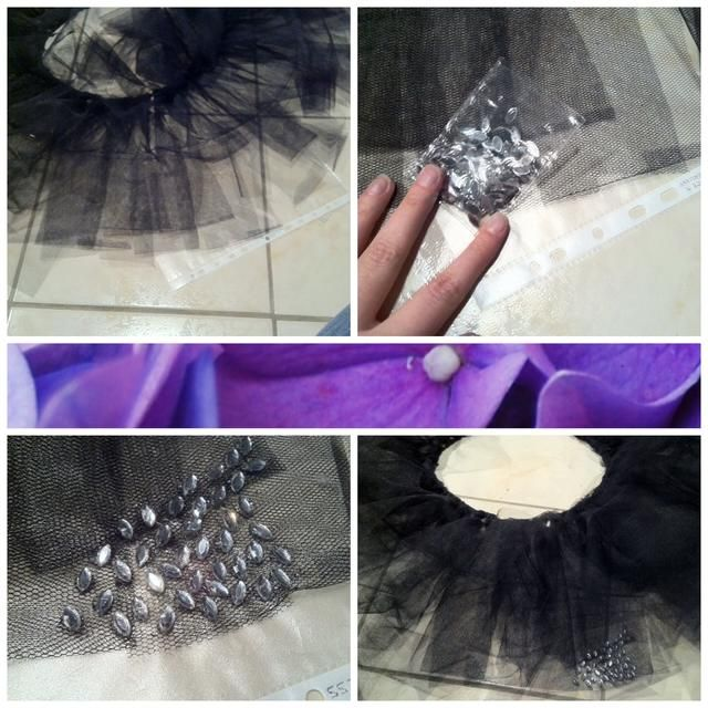 El traje original tiene unos pedrería en la parte delantera del tutú. Así que pegué un poco en la capa inferior. Puse otra funda de plástico debajo para que el suelo se mantiene limpio.