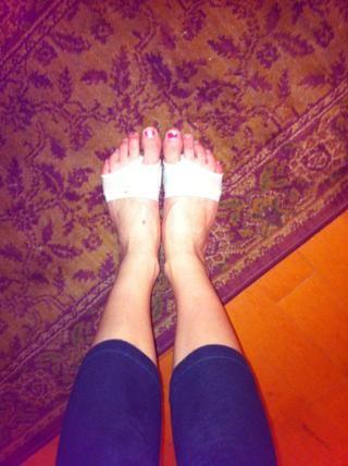 así es como se ven en los pies.