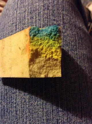* excusar la esponja desagradable * pintar su gradiente con el color más oscuro en la parte superior