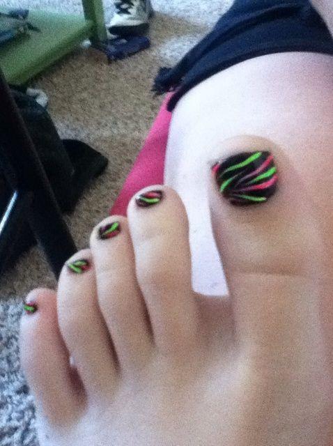 Cómo hacer Nails Neon Zebra