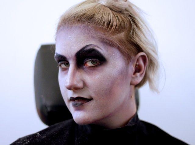 Fotografía - Cómo hacer estilizada vampiro maquillaje