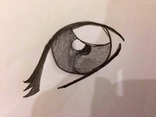 Dibuje tres líneas nítidas en un extremo del ojo de las pestañas. Ampliar la imagen para ver la imagen completa.