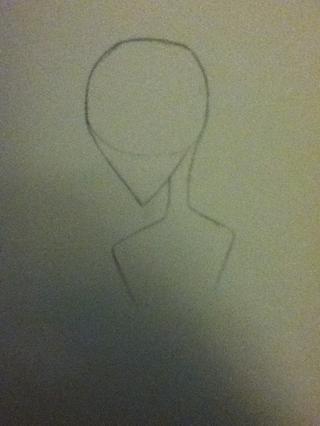 Ahora dibuja el cuello y los hombros. También empecé a dibujar la parte exterior de los brazos. El cuello es más delgado y los hombros será algo agudo.