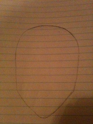A continuación, cierre la cabeza con forma de media luna. Es posible que tenga el borrador aquí :)