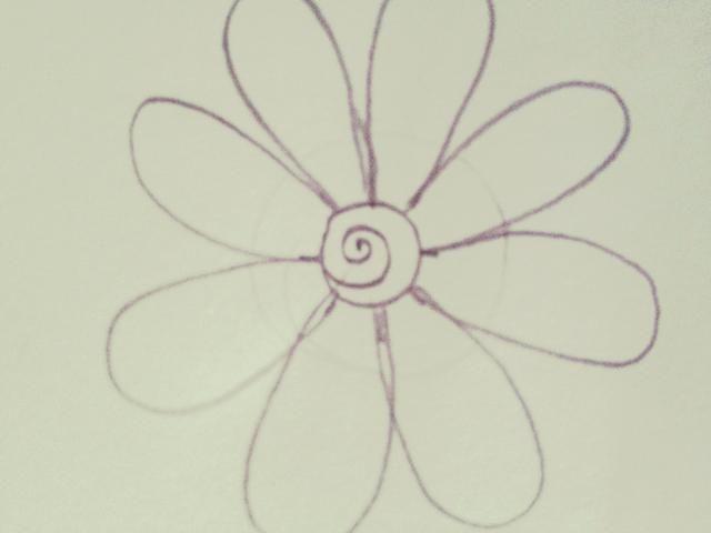 Dibuje un remolino en el medio de la flor.