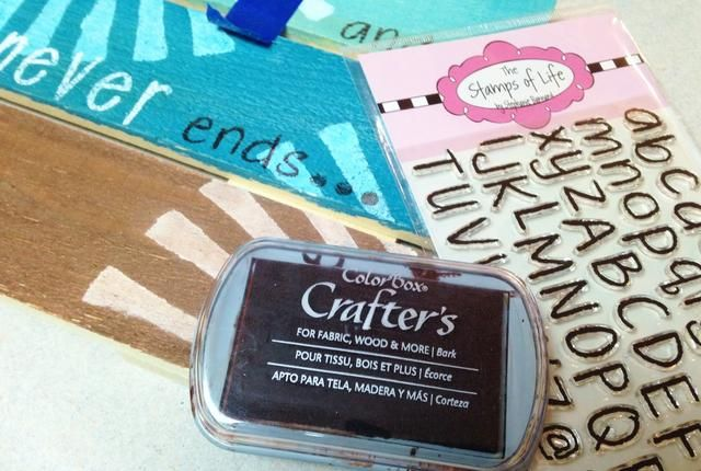 utilizar crayonletters2stamp entintado con corteza Crafter's Ink to stamp brown portions of quote. {see step 16 for finished quote}. heat set to dry ink.