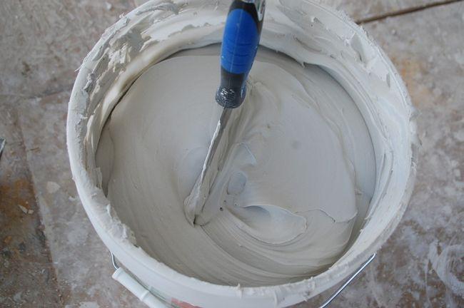 Cómo finalizar Drywall articulaciones - Compuesto de mezcla