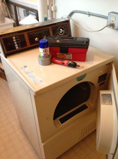 Cómo arreglar una secadora Squeaky